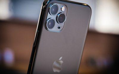 Apple prima sul mercato con l'iPhone 12